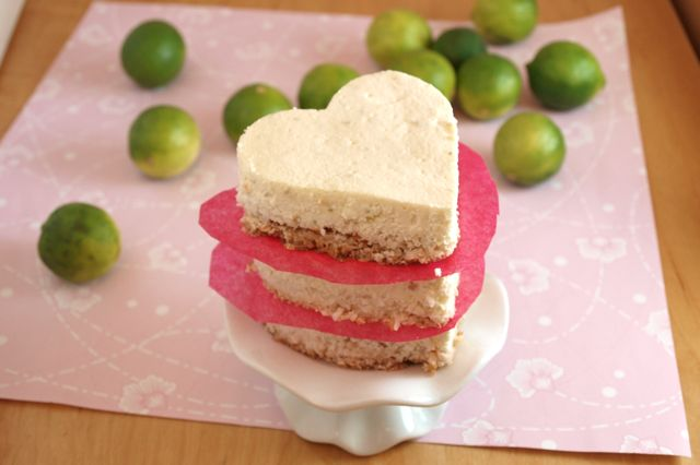 Key lime cheesecake hearts, healthy, clean eating, coconut crust